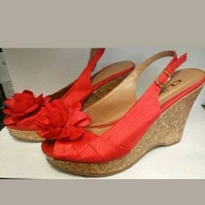 CL by Laundry Ilena Coral Cork Sandals with Flower